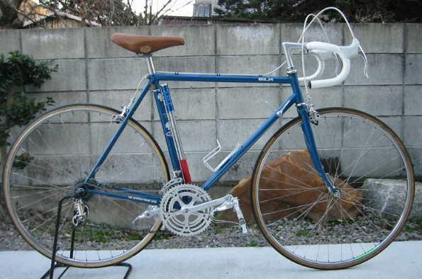 自転車の 自転車 値段の違い : ロードレーサー(片倉シルク)